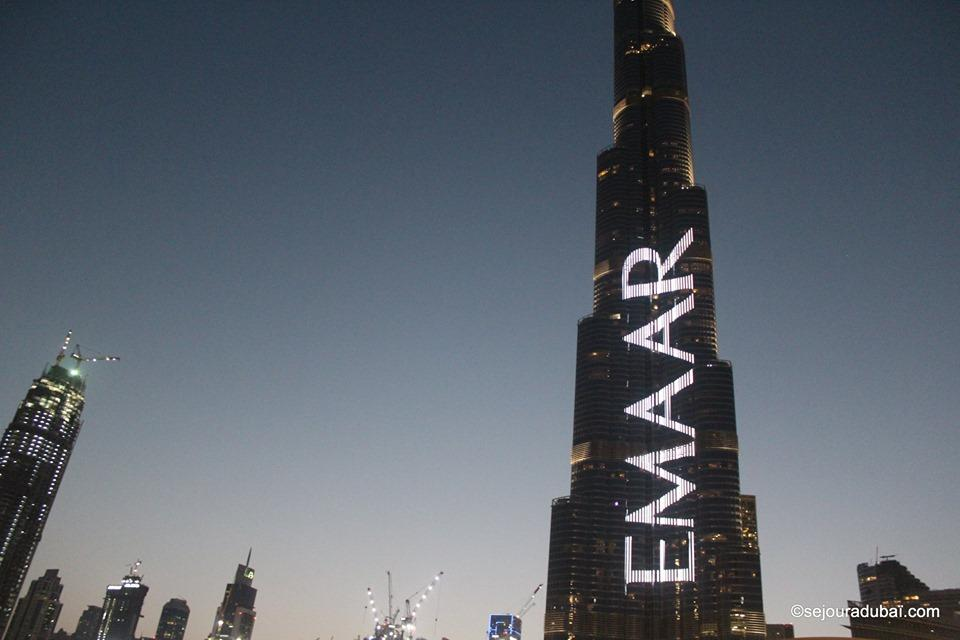 Burj Khalifa light show:  Spectacle de sons et de lumières