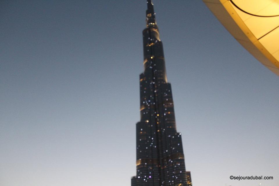 Burj Khalifa light show:  Spectacle de sons et de lumières