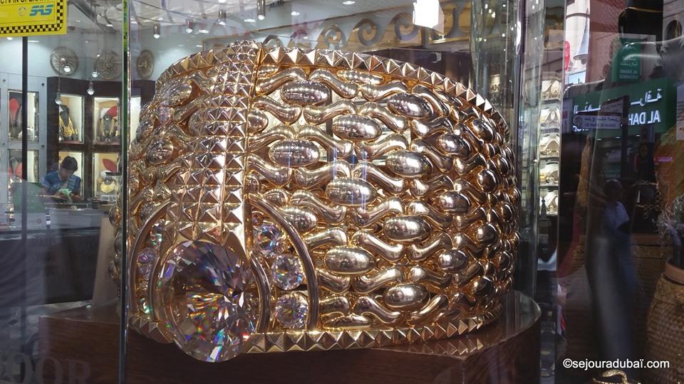 Dubai gold souk najmat taiba